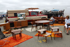 AlamedaPointAntiquesFaire M-045