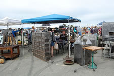 AlamedaPointAntiquesFaire M-054