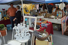 AlamedaPointAntiquesFaire M-069