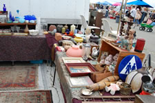 AlamedaPointAntiquesFaire M-076