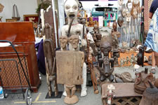 AlamedaPointAntiquesFaire M-089