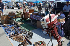 AlamedaPointAntiquesFaire M-105