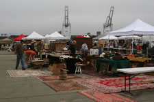 AlamedaPointAntiquesFaire S-073
