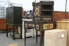 AlamedaPointAntiquesFaire S-089