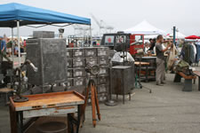 AlamedaPointAntiquesFaire S-093