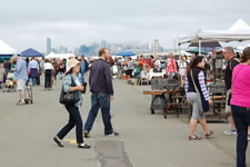 AlamedaPointAntiquesFaire W-058